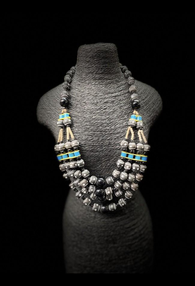 Collier ethnique africain