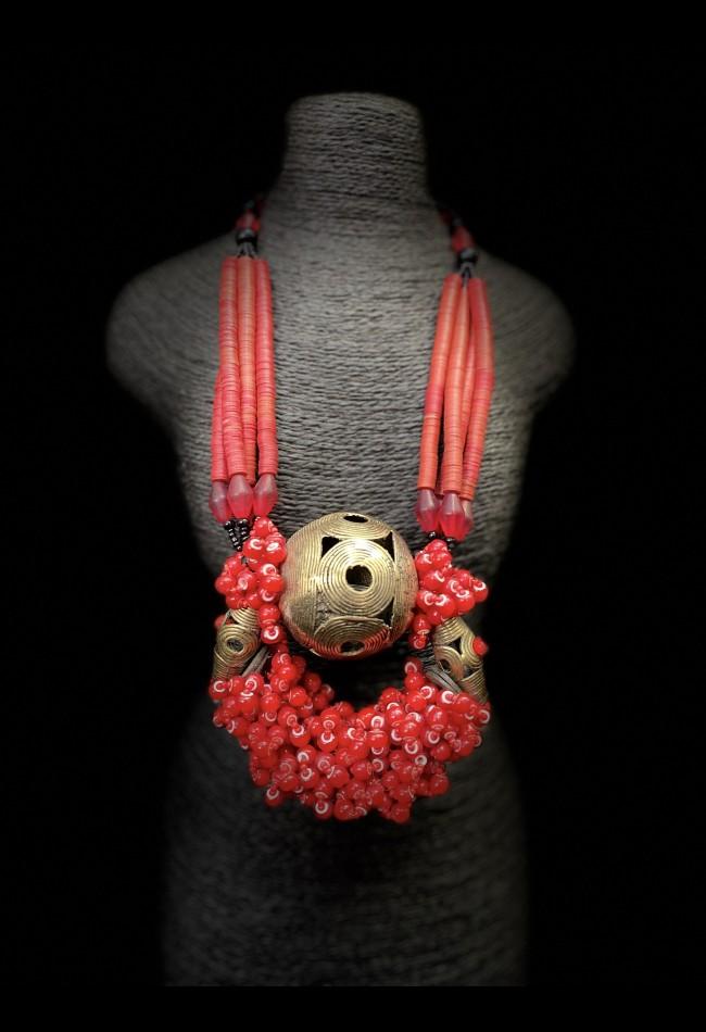 Splendide collier ethnique africain Akan