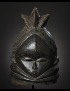Masque casque Sowei Mende Sierra Léone