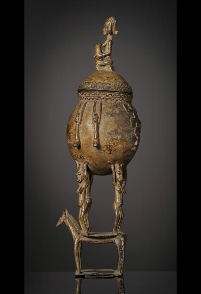 objet d'art Pot a onguents en bronze Dogon-Mali