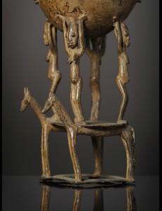 Pot à onguents en bronze Dogon Mali
