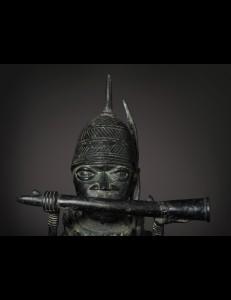 Statue de Messager bronze-Bini Edo-Nigeria