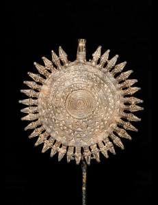 Splendide pendentif soleil en bronze Dogon Mali