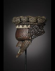 Splendide masque mukinka Salampasu RDC