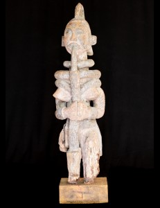 Statue rituelle feminine Igbo Nigéria