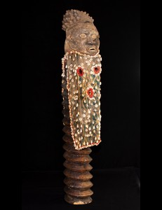 Fabuleux masque argile Bamoun Cameroun