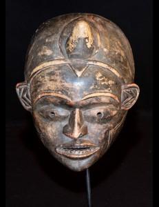 Masque  Pwo Tchokwé RDC