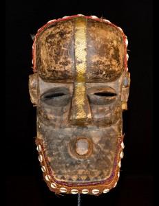 Masque casque Kuba RDC