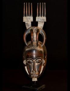 masque Baoulé aux 2 peignes